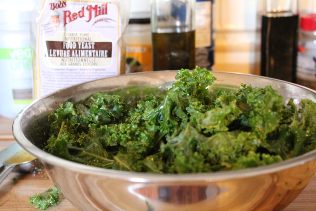 """Cheesy"" Kale Chips ingredients"